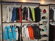 Продам торговое оборудование для магазина одежды бу