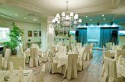 Официантов с опытом приглашает на работу отель Пальмира Палас в Ялте